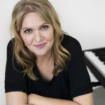 Syng med Christina Holm Dahl